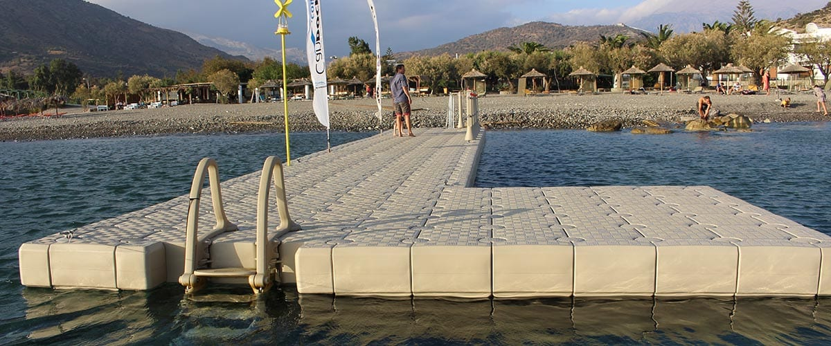 Floating Dock with Edge Cubes