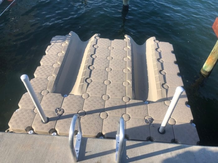 Candock floating dock for 2 jet skis