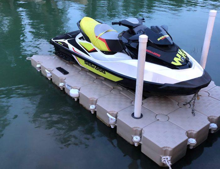 Candock floating dock for 1 jet ski