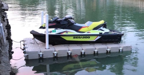 Waverunner floating dock