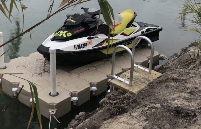 Waverunner dock