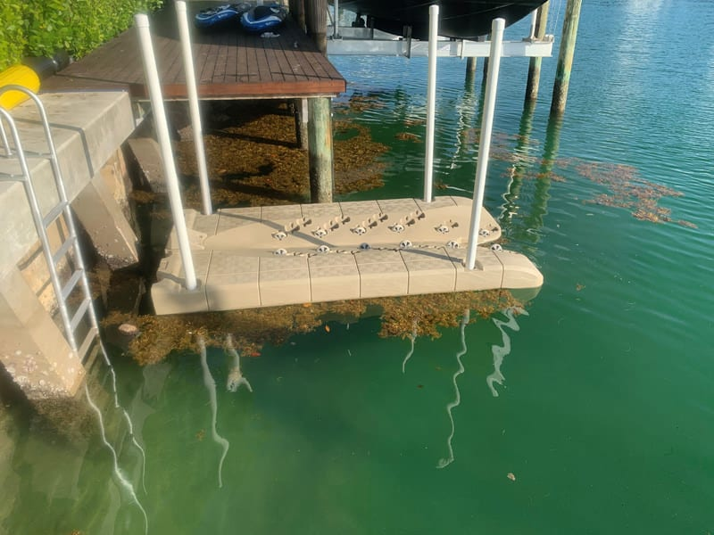 Candock JetROLL PWC floating dock foam-filled with wheels that allows to easily get up and down